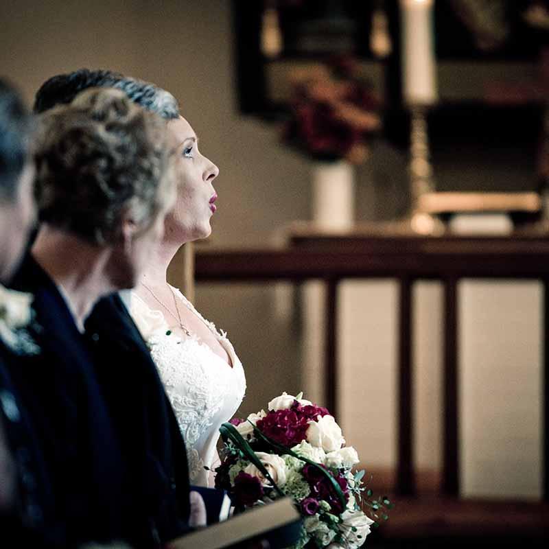 Bryllupsfotograf - Søger du en dygtig bryllups fotograf?